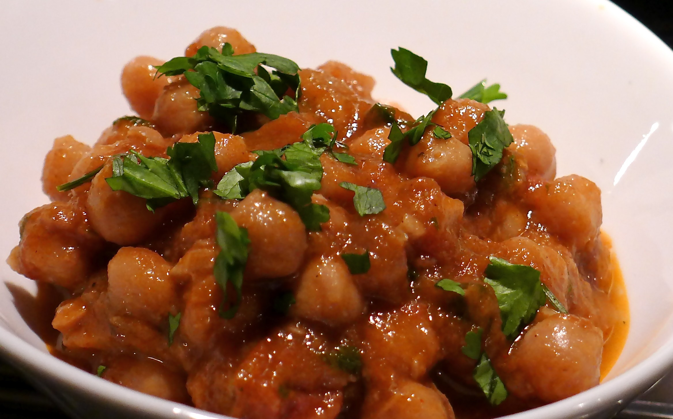 flavours creamy chickpeas a sticky toffee ish masala totally moreish